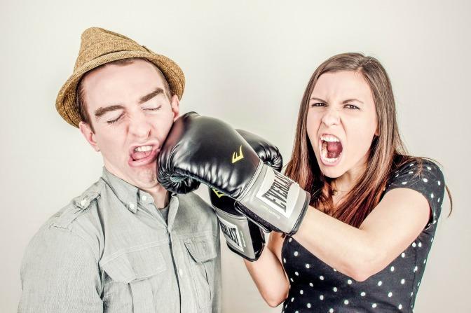 Varför mörkas ofta mobbning på arbetsplatser?